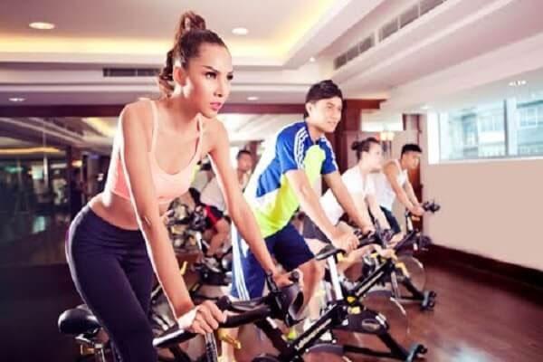 Xe đạp tập thể dục giúp bạn giảm cân hiệu quả
