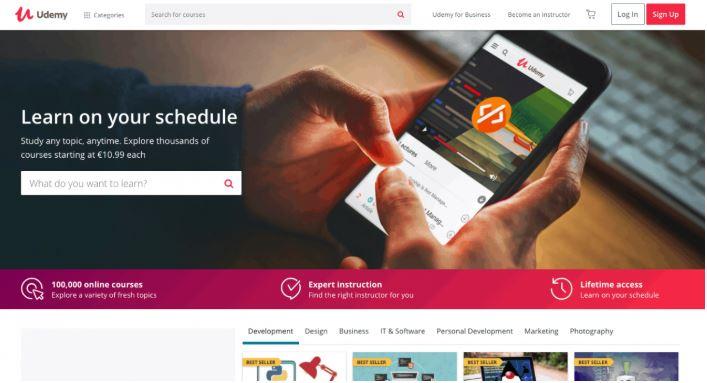 Udemy là website học lập trình trực tuyến nổi tiếng nhất hiện nay.